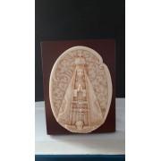 P62 - Nossa Senhora Aparecida 13cm c/ Strass Resina Pedestal