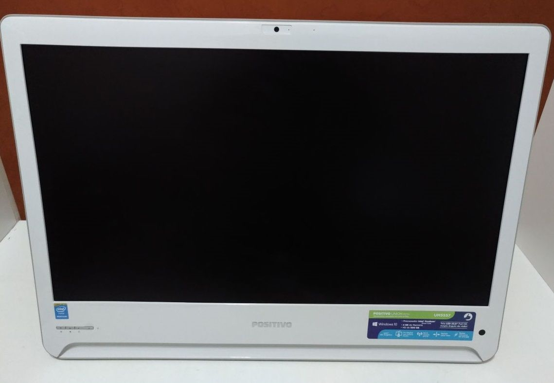All in One Positivo UM5557 Intel Quadcore 2.1 4Gb Hd-500Gb TV Digital