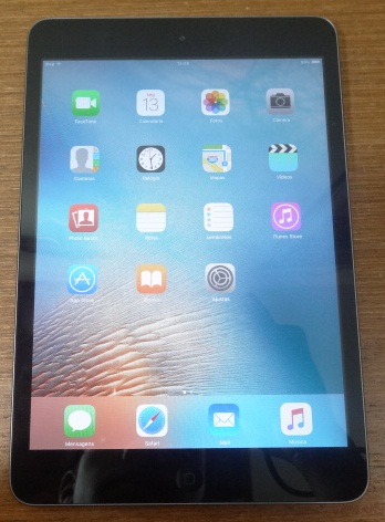Apple iPad Mini MF432LL/A 7.9'' 16GB WiFi Space Gray
