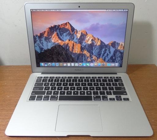 Apple MacBook Air MD760LL/B Core i5 1.4GHz 4GB SSD-128GB