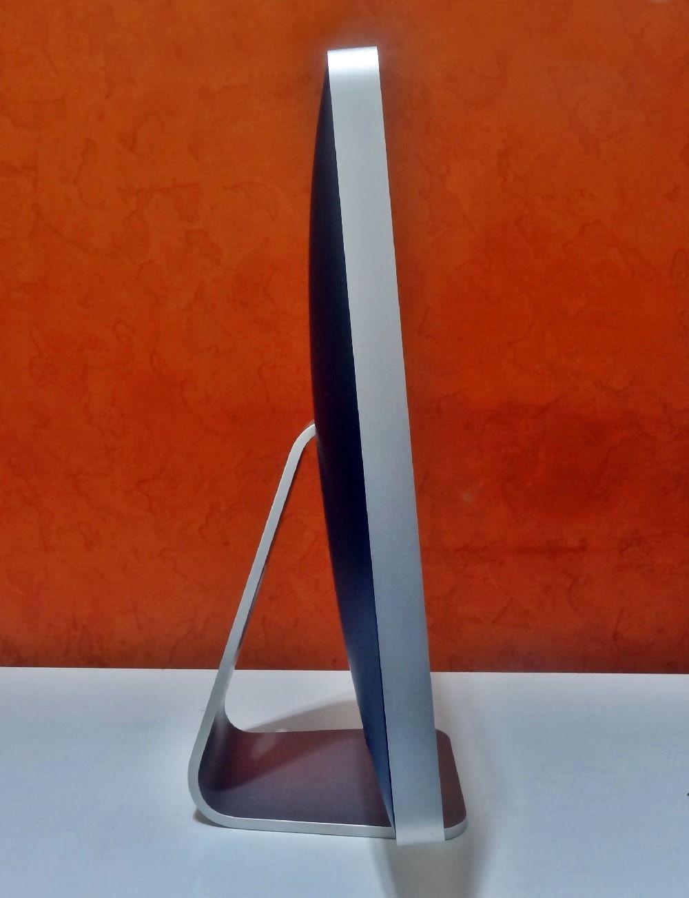 iMac MB324LL/A 20'' Intel Core 2 Duo 2.6GHz 4GB HD-320GB