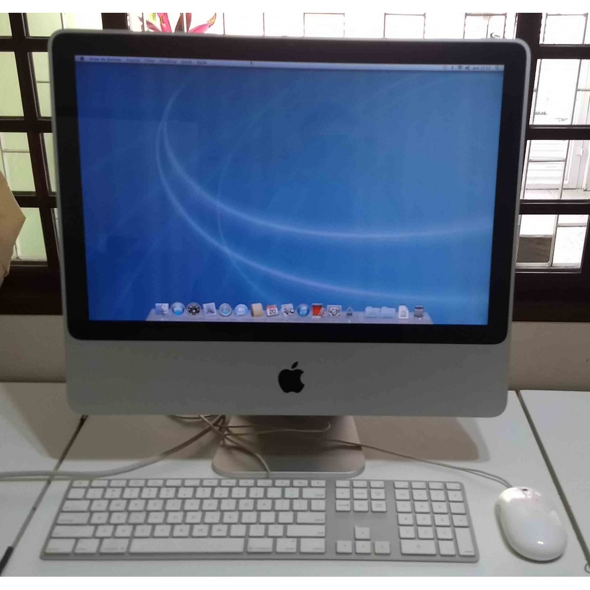 iMac MB324LL/A 20'' Intel Core 2 DUO 2.66GHz 4GB HD-1TB