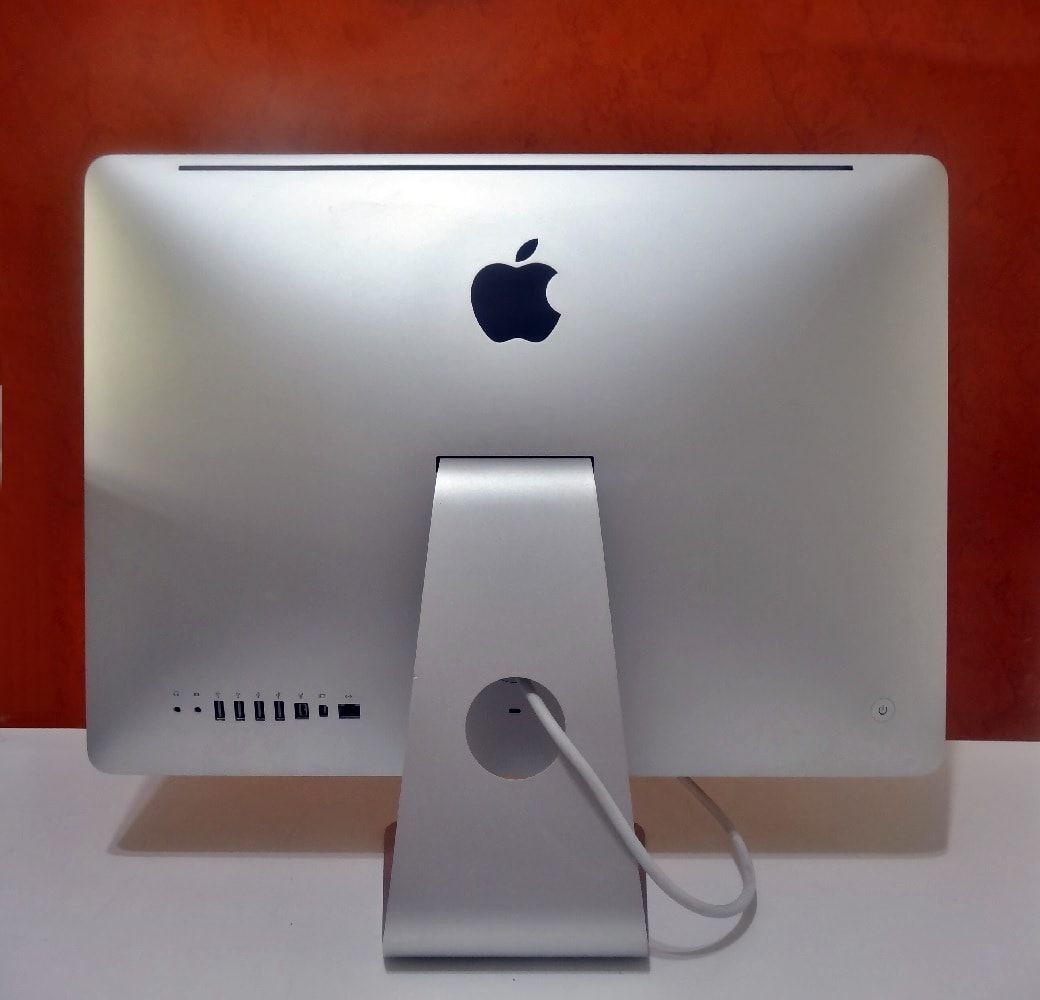 iMac MC508LL/A 21.5'' Intel Core i3 3.06GHz 8GB HD-500GB | DEDICADA - 256MB