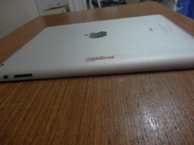 iPad 2 16GB 9.7'' WiFi Seminovo e na embalagem original.