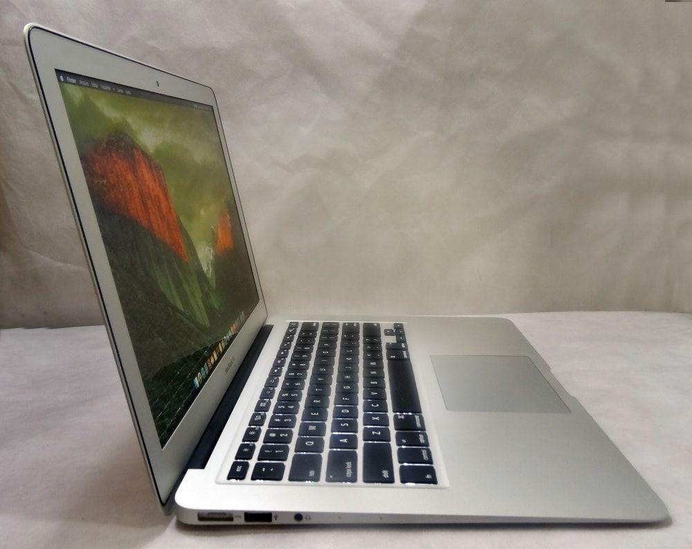 MacBook Air MJVE2LL/A 13.3