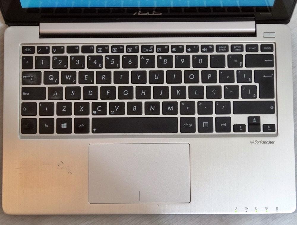 Notebook ASUS VivoBook X200E Touch 11.6