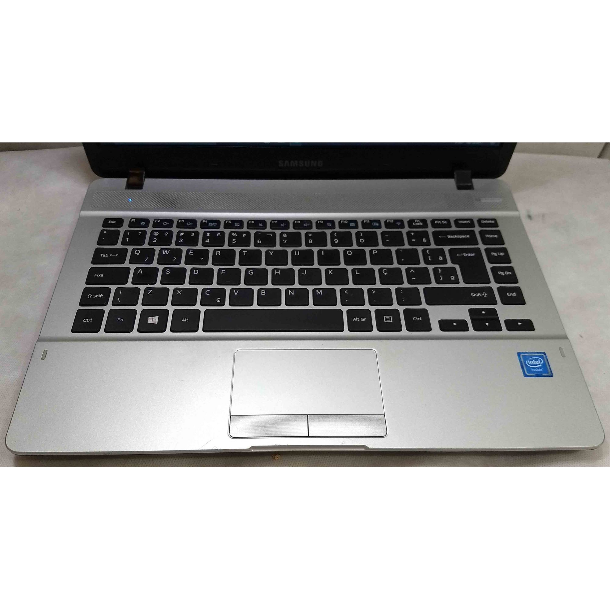Notebook Samsung NP370E4k Intel Cel Dual Core 1.5GHz 4GB HD-500GB