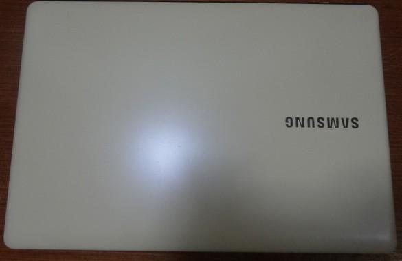 Notebook Samsung NP370E4K-KWBBR 14'' Intel Cel Dual Core 1.5GHz 4GB HD-500GB