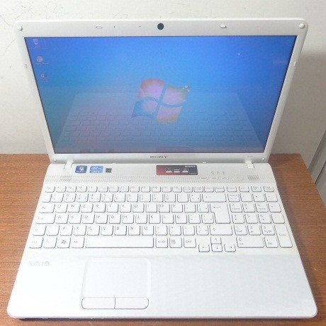 Notebook Sony Vaio VPCEH10EB 15.5'' Core i3 2.1GHz 4GB HD-320GB