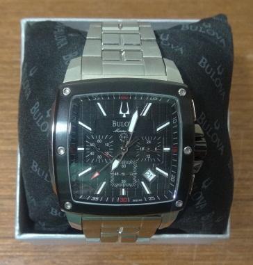 Relógio de Pulso Bulova Men's 98B105 Marine Star Calendar Watch
