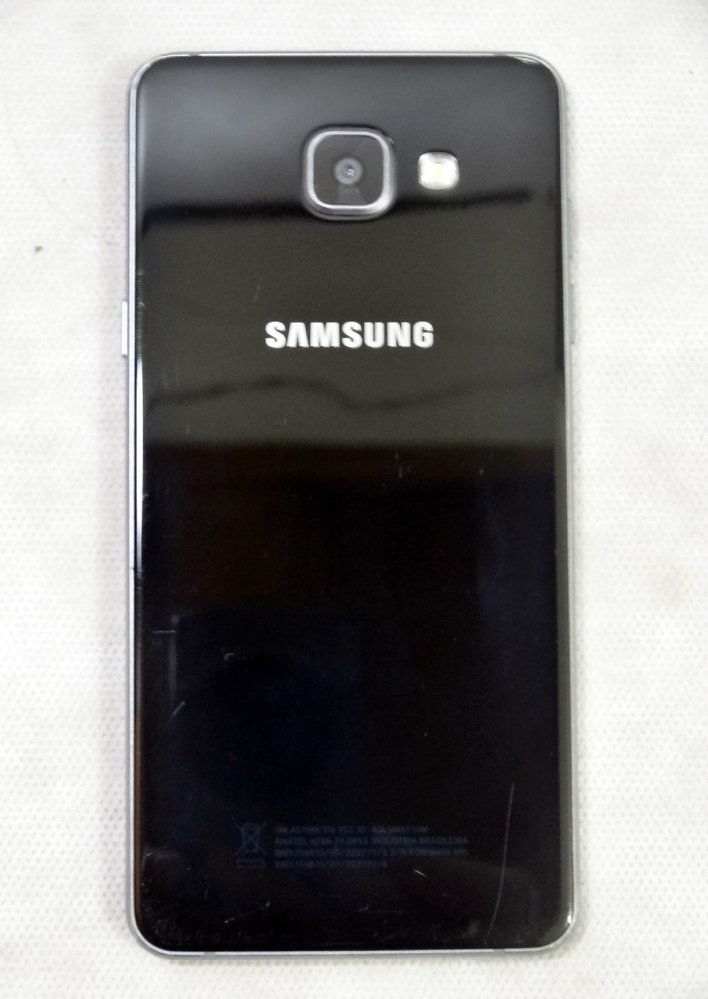 Smartphone Samsung Galaxy A5 2016 Preto 16GB, Dual Chip, Tela 5.2