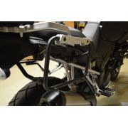 Suporte Lateral PL5101CAM para baú Givi OUTBACK TREKKER - BMW G650GS - Consulte-nos