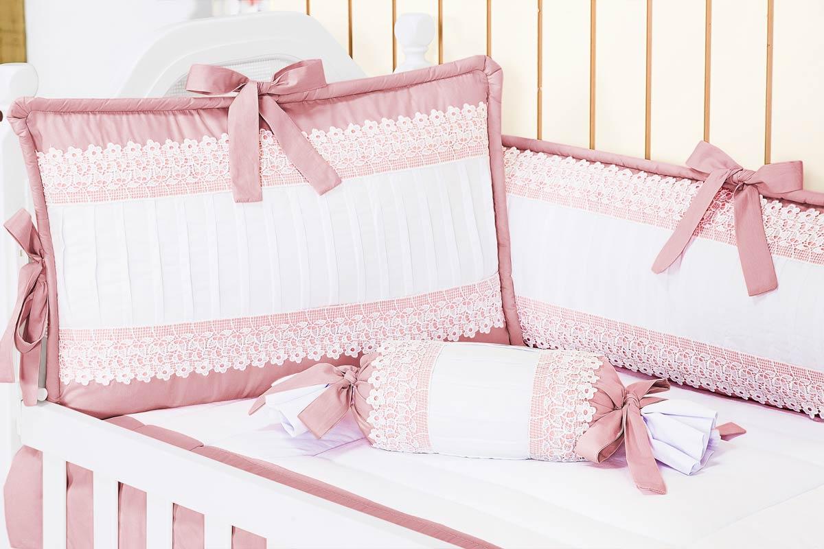 Kit Berço 09 Peças Americano c/ Mosquiteiro - Coleção Belle Rosé - 100% Algodão 200 Fios - Bordados - Rosé
