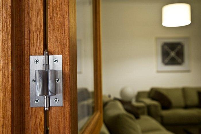 Trava para Porta BATENÃO – barreira contra o fechamento repentino de porta e janelas!  - Mix Eletro