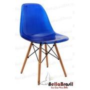 Cadeira Charles Eames Policarbonato Azul Base Madeira
