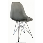 Cadeira Charles Eames Policarbonato Fume Base Cromada