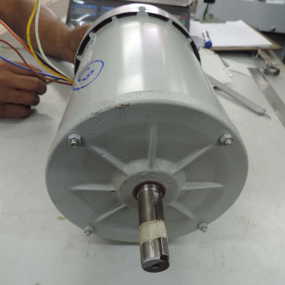Motor Trifásico Novo Marca Nova C10 - 0,5 Cv 3480 Rpm