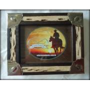 Porta-Retrato de madeira com alpaca - Selaria Zamboim