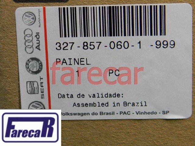 MOLDURA PAINEL CENTRAL RADIO COM FURO BOTAO DO RETROVISOR ELETRICO ORIGINAL VW SANTANA E QUANTUM 1999 A 2006 - 99 00 01 02 03 04 05 06 2000 2001 2002 2003 2004 2005  - Farecar Comercio