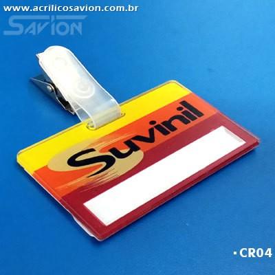 CR04-50 Unidades Crachá 6x3,5 cm de Presilha com Impressão de Logomarca e Reposição de Nomes