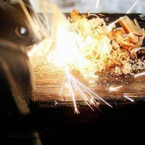 Iniciador De Fogo Pederneira Magnesium Firestarter  - Casafaz