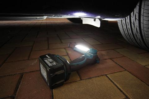 Lanterna Led BML801X - Makita  - COLAR