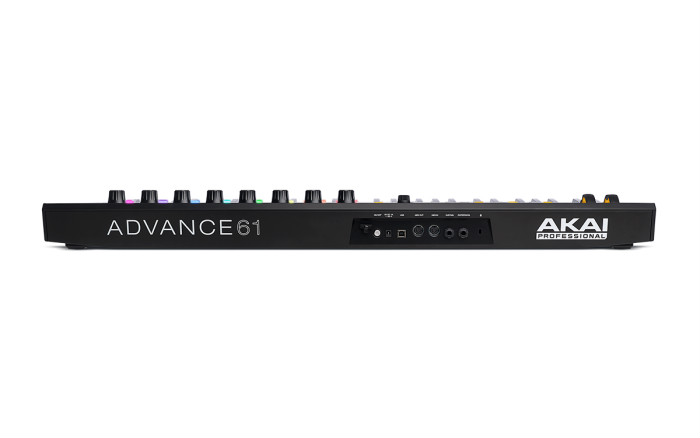 Akai Advance 61 Controladora Midi, 61 Teclas, 8 Pads,  8 Knobs, Usb