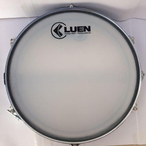 Caixa De Repique Samba Luen 14 X 3 Aluminio, com chapa cromada e 6 afinações. Excelente instrumento.
