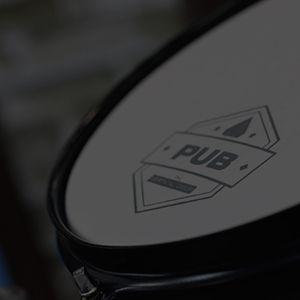 """Bateria Pub Compacta Surdo/Bumbo 16"""", Tom 10"""" e Caixa 12"""". Excelente sonoridade e fácil transporte."""