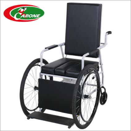 Cadeiras de Rodas Itaqui Pneu Inflavel 48 cm - CARONE