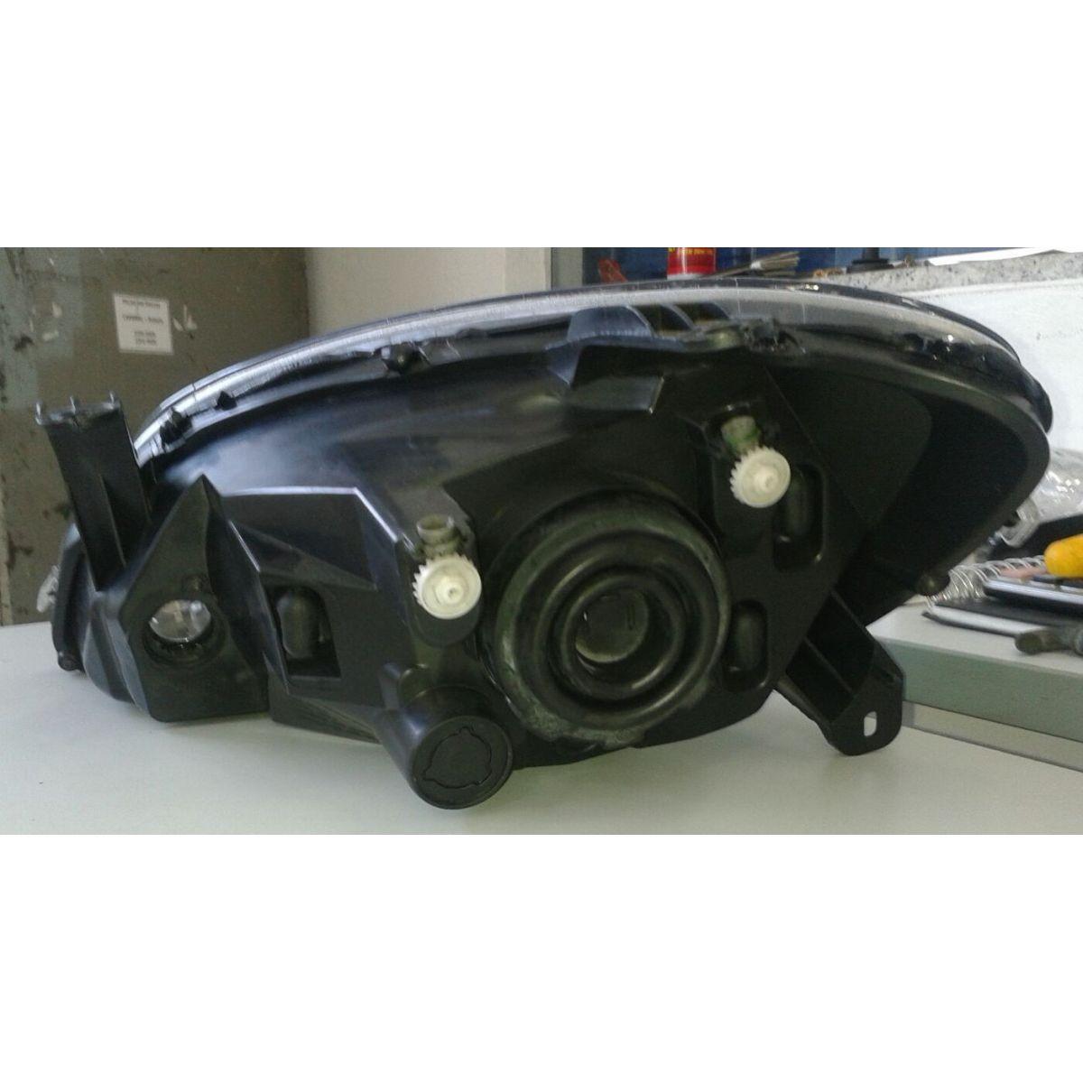 Farol Celta Dark Chrome 10 a 12  - Amd Auto Peças