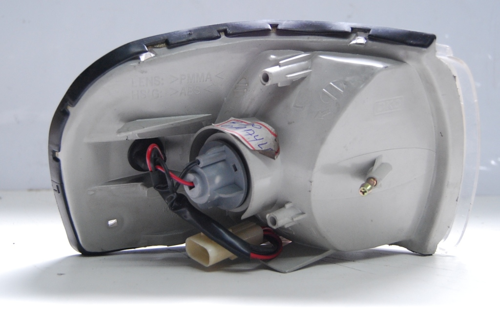 Lanterna Dianteira Besta 95 a 06  - Amd Auto Peças