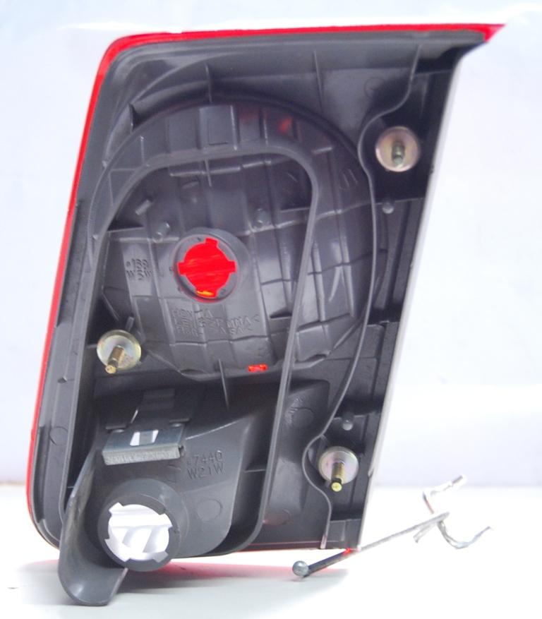 Lanterna Traseira Mala Civic R� Cristal 03 a 06  - Amd Auto Pe�as
