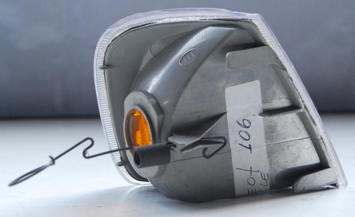 Lanterna Dianteira Pisca Peugeot 106 91 a 96 Cúpula Amarela  - Amd Auto Peças