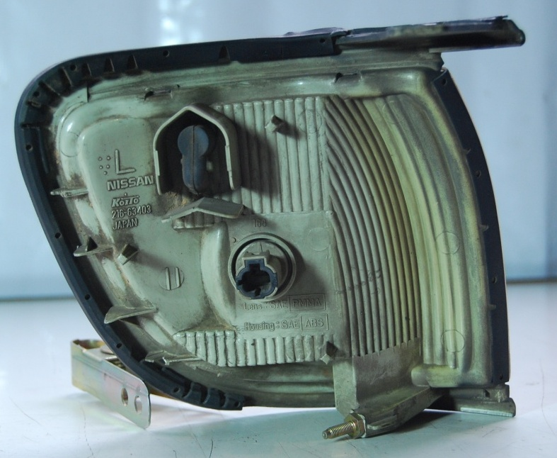 Lanterna Dianteira Pisca Nissan Patchfinder 97 a 99  - Amd Auto Peças