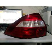 Lanterna Traseira Prisma 06 a 12 Esquerda