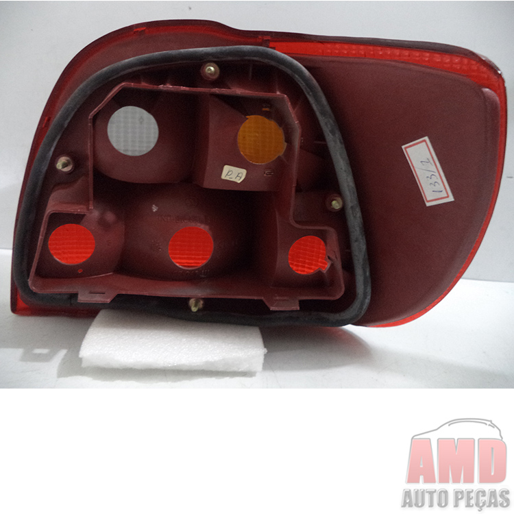 Lanterna Traseira Pointer 93 a 96  - Amd Auto Pe�as