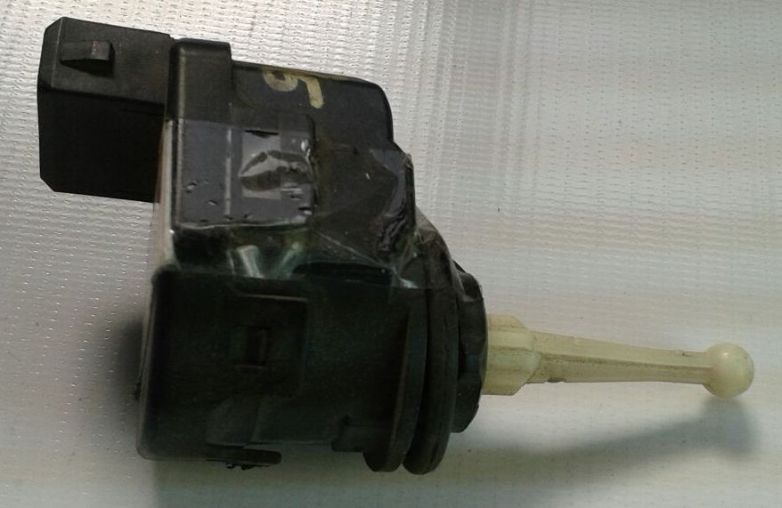 Motor Regulagem Farol Audi A3 96 a 99 (Lente Vidro)  - Amd Auto Peças