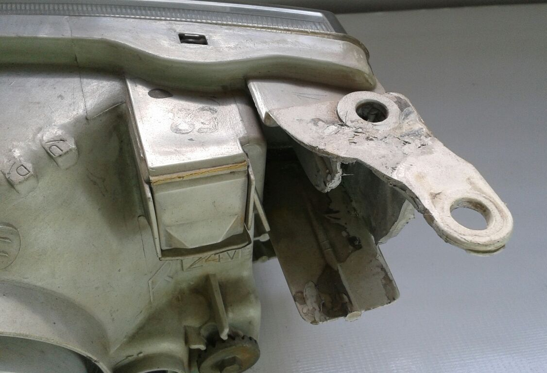Farol Corolla 99 a 02 Lado Direito  - Amd Auto Peças
