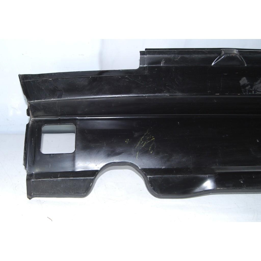 Painel Traseiro Inferior Santana 91 A 06  - Amd Auto Pe�as