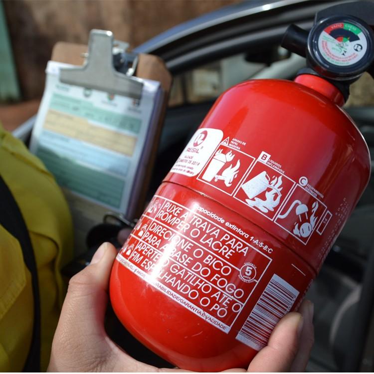 Extintor Incêncio Automotivo Carro ABC Inmetro 5 Anos  - Amd Auto Peças