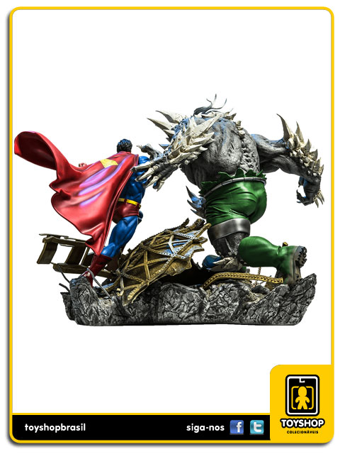 DC Comics: Superman Vs Doomsday 1/6 Battle Diorama - Iron Studios