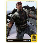 Captain America The Winter Soldier: Falcon - Hot Toys