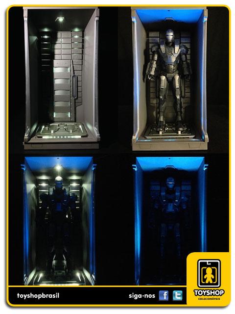 Iron Man 3: Hall of Armor - Hot Toys