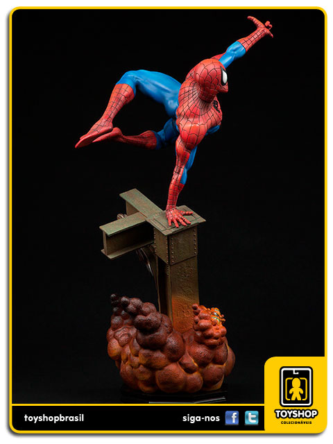 The Amazing Spider-Man: Spider-Man Premium Format - Sideshow Collectibles