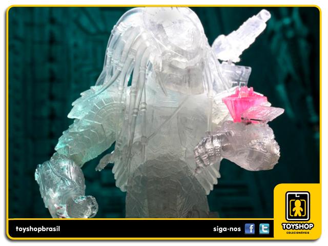 Alien vs Predator: Cloaked Scar with Temple Hologram SDCC - Neca