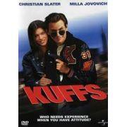 KUFFS - UM POLICIAL POR ACASO (1992)