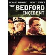 O CASO BEDFORD  (1965) dublado