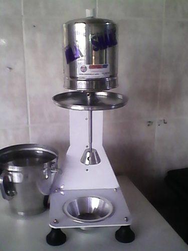 Maquina Milk Shake Profissional Sd 3014 De Balcão Controlpot 900 watts  - controlpot Maquinas e Batedores Milk Shake