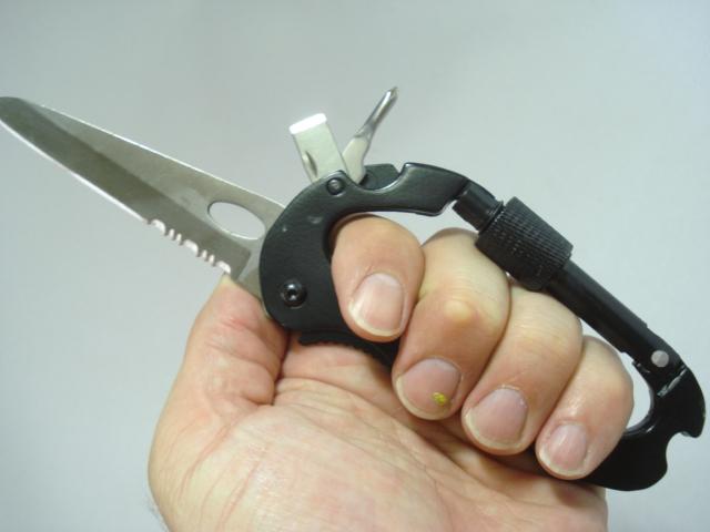 Canivete Tatico Mosquetão Multiuso com trava de segurança  - PRESENTEPRESENTE
